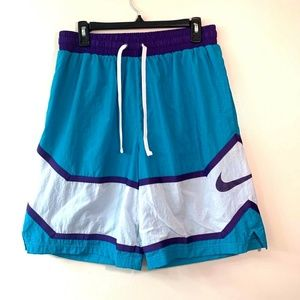 Nike Basketball Throwback Teal White Shorts - L